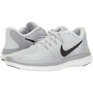 Nike Light Grey Flex Run Womens Running